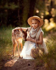 00 Is pleased to post this Magic Marvel Photo b Freut sich, dieses Magic Marvel Photo zu posten b Nature Animals, Animals For Kids, Baby Animals, Cute Animals, Children Photography, Animal Photography, Beautiful Creatures, Animals Beautiful, Cute Kids