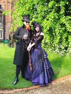 steampunk wedding Steampunk Couture, Viktorianischer Steampunk, Steampunk Wedding, Gothic Wedding, Steampunk Clothing, Steampunk Fashion, Gothic Fashion, Victorian Fashion, Steampunk Outfits
