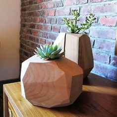Mulifaceted wood planter