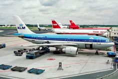Airplanes, Apron, Aircraft, Paintings, Life, Planes, Aviation, Airplane, Plane
