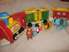 play train whoo whoo Thanks For The Memories, Sweet Memories, Childhood Toys, Childhood Memories, Retro Toys, 1970s Toys, Plastic Playhouse, Circus Train, Fisher Price Toys
