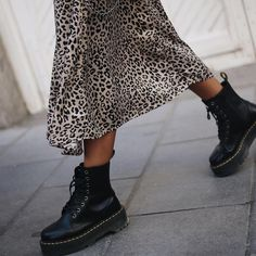 Leopard skirt and Doc Martens Leopard skirt and Doc Martens Casual Winter Outfits, Fall Outfits, Summer Outfits, Grunge Outfits, Winter Dresses, Mode Outfits, Fashion Outfits, Fashion Boots, Fashion Clothes