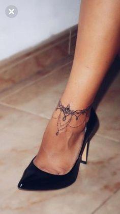 tattoos on back of ankle - tattoos on back ; tattoos on back of arm ; tattoos on back for women ; tattoos on back of neck ; tattoos on back shoulder ; tattoos on back of ankle ; tattoos on back of leg ; tattoos on back of arm above elbow Henna Tattoo Designs, Diy Tattoo, Tattoo Fonts, Tattoo Ideas, Tattoo Trends, Design Tattoo, Tattoo Script, Cute Ankle Tattoos, Back Tattoos