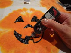 ID Mommy: Making Tie Dye Shirts for Halloween!