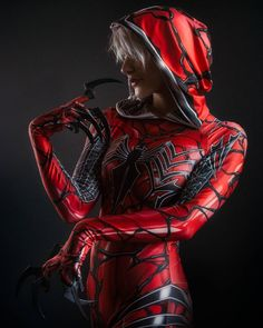 Nouvelle photo de Carnage Gwen incarnée  par @reaver_cosplay ! :) --> Fullsize on my Facebook !  #costume #photoshoot #photographe #photography #badass #france #photographer #awesome #cosplay #spiderman #spider #spidermancosplay #spidergwen #spidergwencosplay #carnage #carnagegwen #gwen #studio #studiophoto #cosplayers #cosplaying