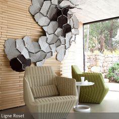 """Der Sessel """"Facett"""" passt hervorragend in ein futuristisch anmutendes Wohnzimmer. Durch seine geometrische Form wirkt er zeitgenössisch und hochmodern. …"""
