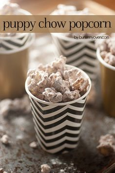 Is that Popcorn in that bowl? Puppy Chow Popcorn Recipe (Muddy Buddies in popcorn form! Best Popcorn, Popcorn Snacks, Flavored Popcorn, Gourmet Popcorn, Popcorn Recipes, Snack Recipes, Dessert Recipes, Popcorn Bar, Candy Recipes