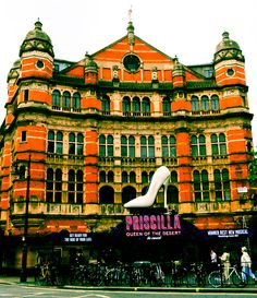 london theatre district | London Theater district with Priscilla Queen of the Desert Musical ...