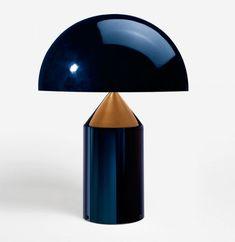 Atollo table lamp, by the great Milanese designer Vico Magistretti (1920-2006).