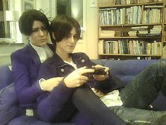 You're not playing it right Jaeger! Vändett∀ Cosplay (i love this group so much >U<)