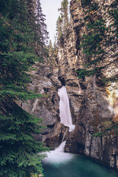 Le Canyon Johnston dans le parc national de Banff. Découvrez les randonnées à faire au canyon ! #Canada, #Ouestcanadien #Banff