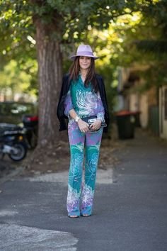 looks de calças estampadas #Flares #Jeans