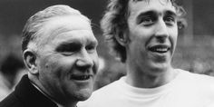 Bill Nicholson and Martin Chivers at the end of the League Cup final in which Chivers scored both goals in the win over Aston Villa. Bill Nicholson, Tottenham Hotspur Players, White Hart Lane, Mirrors Online, Aston Villa, North London, Football Team, Ufc