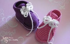 Instructions for booties 2 Instructions Schühchen 2 - Nice that you are there ღ. Crochet Shoes, Crochet Baby Booties, Crochet Slippers, Knitting Patterns, Crochet Patterns, Cute Baby Shoes, Baby Converse, Single Crochet Stitch, Knitting For Kids