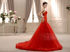 素晴らしいマーメイドスイートハート床まで届く長さチャペルウェディングドレス