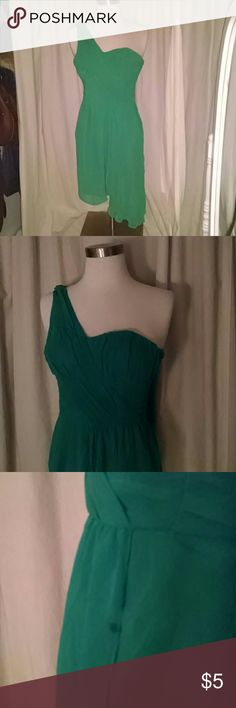 Green dress Adorable green dress. Sheer flowy fabric. Small stain (pictured).  All proceeds help support women affected by breast and ovarian cancer H&M Dresses One Shoulder