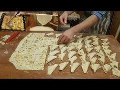 Şöbiyet How To - Random Recipes - Easy Turkish Baklava Recipe, Turkish Recipes, Italian Recipes, Turkish Sweets, Chocolate Turtles, Turkish Kitchen, Fresh Fruits And Vegetables, Fish And Seafood, Finger Foods