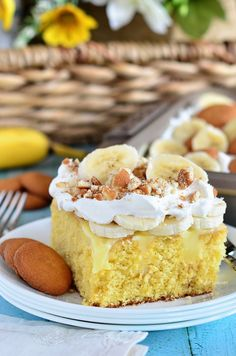 Everything you love about banana pudding comes together in this easy, crowd-pleasing Banana Pudding Poke Cake recipe at TidyMom.net @tidymom