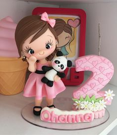 Clay Crafts, Fun Crafts, Christmas Candle Decorations, Panda Party, Character Cakes, Clay Figurine, Fondant Figures, Girl Cakes, Clay Art