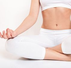 Hot Yoga: the Good, the Bad, and the Sweaty | GirlsGuideTo