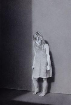 De la serie Melancolía, 2016 Conté sobre papel 167 X 113 cm
