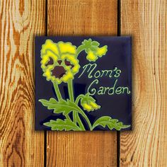 The Traditional Series Pansy Garden Tile is Made in Canada and comes with a Lifetime Warranty.