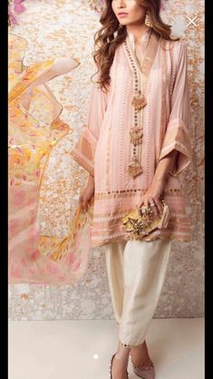 Simple Pakistani Dresses, Indian Dresses, Pakistani Suits, Muslim Fashion, Indian Fashion, Kurtis Indian, Ethenic Wear, Party Wear Dresses, Indian Designer Wear