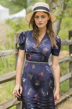 e587f11cdf6  Take Down  actress Phoebe Tonkin – Veuve Clicquot Polo Classic in New  Jersey - HD Photos