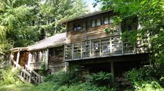 The Evergreen State College organic Farm House.  I would have to walk through Pacific North West rainforest to get there.  Beautiful.  Traditional Irish Ceili dances here.  Great memories.