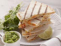 Käse-Tortillas mit Erbsencreme Rezept