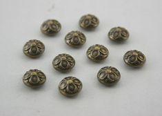 100 pcs.Vintage Flower Antique Brass Dome Rivets Studs Buttons Decorations Findings 9 mm. DR FW BR91 K