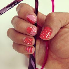 Coral/baby pink nails