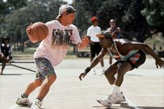"""Woodsy Harrelson and Wesley Snipes in """"White Men Can't Jump"""""""