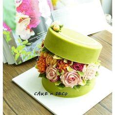 Soy bean cream flower ricecake. Design class 1th. Done by China students. Soy bean cream flower ricecake~♡ 韩式豆沙裱花 #cake #modelling #flowercake #barbie #flowercake #flower #design #dessert#food#ricecake #class #inquiry #CAKEnDECO # 韩式豆沙裱花 #앙금플라워떡케이크 #앙금플라워 #앙금플라워떡케익 #플라워케이크 #韩式裱花 #앙금모델링 #떡케이크 #케이크 #떡 #디저트#花#koreanflowercake #韓国式 #포토그램 #플라워 #플라워케이크 #裱花 #豆#앙금플라워 #케익앤데코 KakaoTalk, WeChat ID : cakendeco Line ID : cakendeco http://www.cakendeco.co.kr