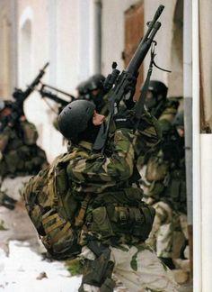Commandos from French GCM (Groupement des Commandos de Montagne - Mountain Group Commandos).