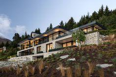 Stelvio, The Peak - Mason & Wales Architects Hillside House, Courtyard House, Outdoor Stone Fireplaces, Glass Pavilion, River House, Maine House, Architect Design, Modern House Design, Luxury Houses
