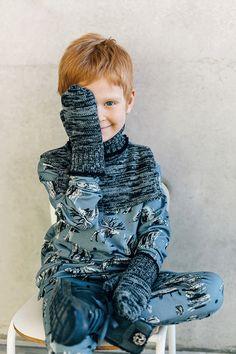 Латвийская марка детской одежды HEBE предлагает удобную, качественную и стильную одежду для девочек и мальчиков от 0 до 12 лет. Для создания особого настроения коллекций HEBE приглашает к сотрудничеству латвийских художников, которые создают особые принты и рисунки, от которых в восторге и дети, и р