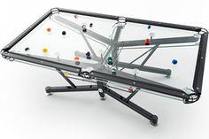 Il tavolo da biliardo di vetro