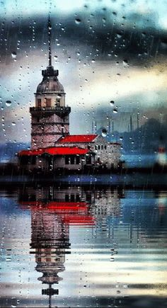 Kız Kulesi – Rainy day & Maiden's Tower, Istanbul Wonderful Places, Beautiful Places, Beautiful Pictures, Gif Animated Images, Istanbul City, Turkey Travel, Belle Photo, Places To See, Scenery