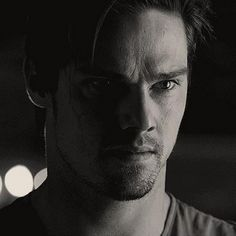 Three things about Jay Ryan that melts me: his eyes, his nose and his voice :) Vincent Keller, Jay Bunyan, Create Photo, Cute Actors, Most Beautiful Man, His Eyes, Beauty And The Beast, Singer, Celebrities