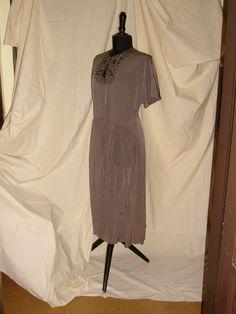 EVENING DRESS in  Georgette and   Embroidery  1950  /  ABITO DA SERA in Georgette e Ricami 1950