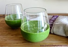 The Foodie Physician: Dining with the Doc: A Quick Guide to Making Healthy Smoothies