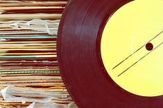 Great round-up of music and song ideas for family and school reunion slideshows