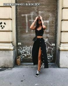 Midi Rock Outfit, Outfit Chic, Midi Skirt Outfit, Stylish Outfits, Dress Ootd, Black Midi Skirt, Sporty Outfits, Cute Casual Outfits, Girl Fashion