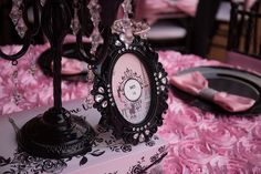 #Pink and #black #table #decorations for this elegant #Sweet16 party.