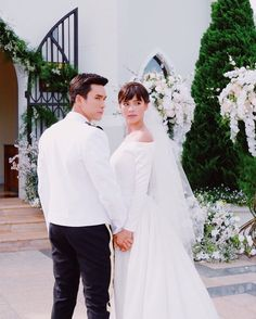 Thai Princess, Thai Drama, Drama Movies, Best Couple, The Crown, Celebrity Couples, Cute Couples, My Idol, Actresses