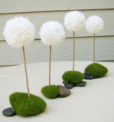 pretty dandelion centerpieces!