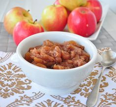 Say goodbye to store bought applesauce.  This EASY recipe can be made in the crock pot when you are not even home.  NO sugar and your house will smell amazing! #crockpot #applesauce #vegan #glutenfree