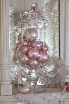 Bella's Rose Cottage: Random Christmas Sparkle...