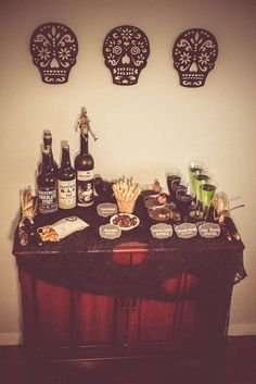 Elegant & Spooky Adult Halloween Party Halloween Party Ideas | Photo 17 of 44 | Catch My Party
